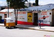 Mexique - Mitla - Taxi et rue