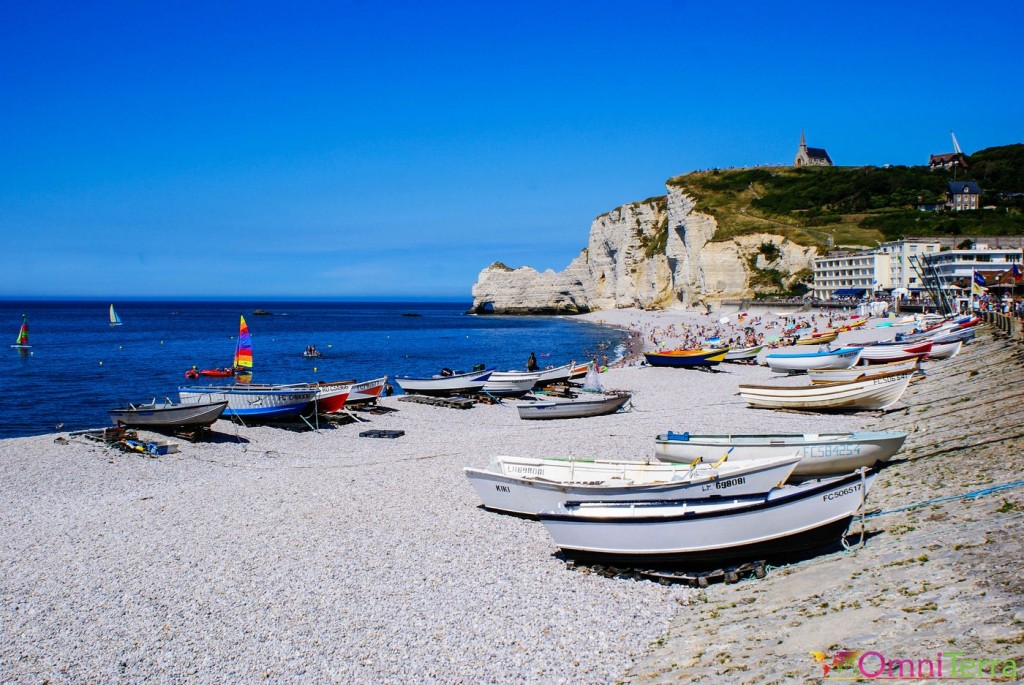 Normandie - Falaises d'Étretat et plage